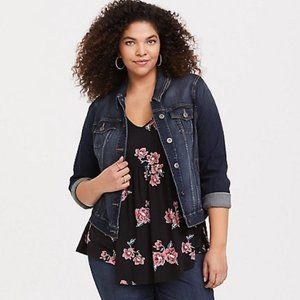 NEW Torrid Soft Floral Bunches Babydoll Tank